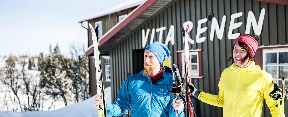 Skidtur Till Vita Renen På Renfjället. En Fjällupplevelse I Världsklass I Södra Årefjällen.