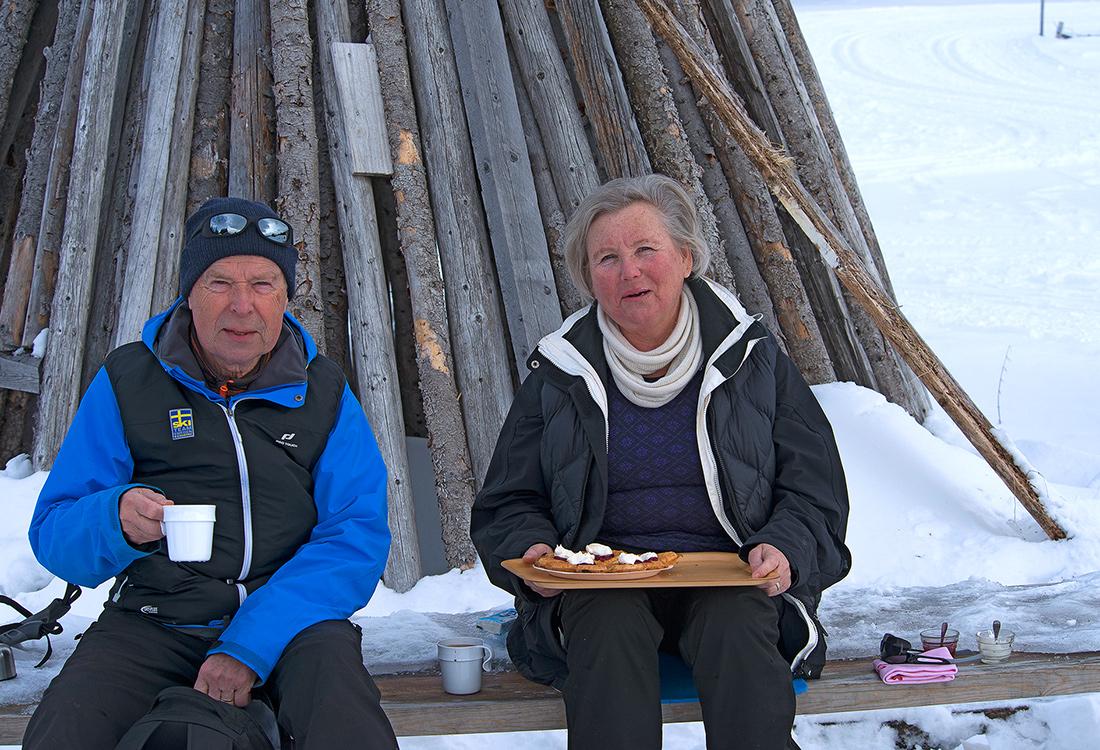 Kaffe & Våfflor I Yttersvallen. En Fjällupplevelse I Världsklass I Södra Årefjällen.